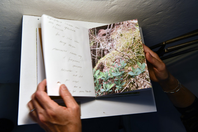 Unique book object: A collection of handwritten texts and images, mail correspondence and conversation. Photo Ib Sørensen.
